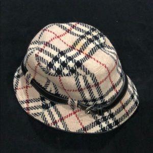 Burberry 💯wool bucket hat
